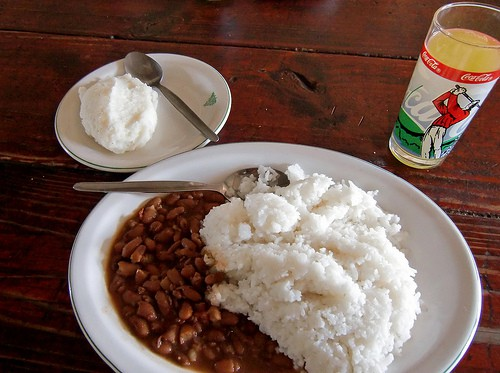 Local food you should try in zimbabwe and no miss drinks for Cuisine zimbabwe